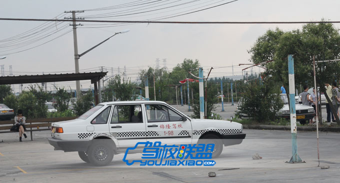 锦隆驾校学车价格