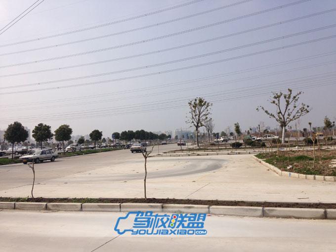 上海隆森机动车驾驶员培训基地有限公司