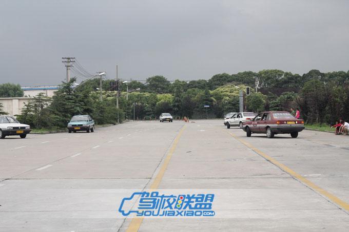上海水泉驾校