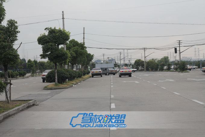 上海阳浦机动车驾驶员培训部